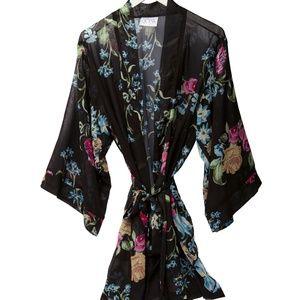 NWT Helena Quinn Custom Floral Kimono